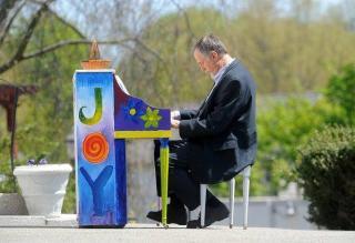 Jack Hunter, Piano